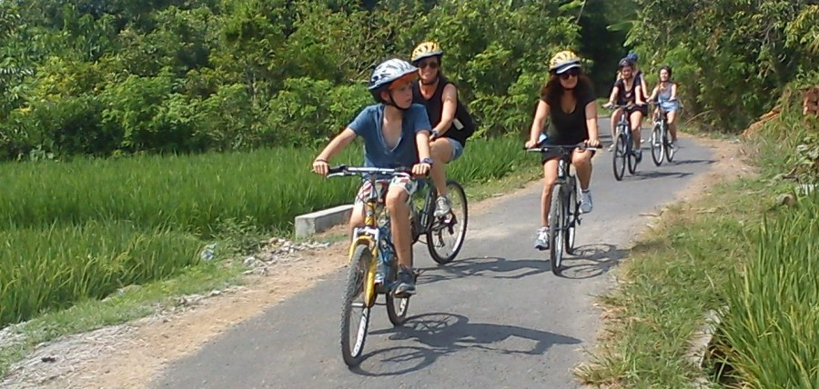 Lingsar Biking Tour ( duration 5 hours)